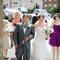 Llegada de la novia y sus damas a la ceremonia religiosa