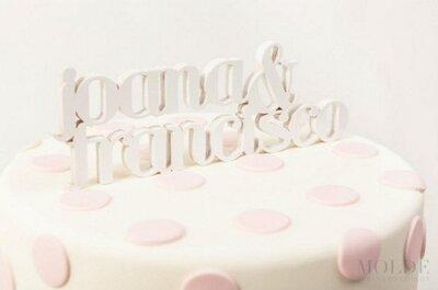 Cake toppers: personaliza tu pastel de bodas