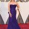 Reese Witherspoon con un diseño de Óscar de la Renta.