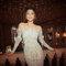 Yaki Ravid siempre ofrece vestidos atemporales que favorecen a la silueta femenina.