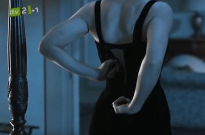 As melhores cenas de strip-tease para apimentar a sua noite de núpcias