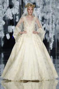 Las tendencias top en vestidos de novia 2016