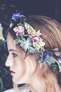 Blumenkränze als Brautfrisuren Trend 2016