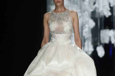 Vestidos de novia cortos por delante y largos por detrás: arriesga y gana