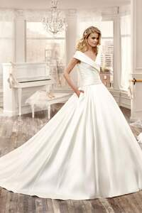 Vestidos de novia 2016 con escote en V