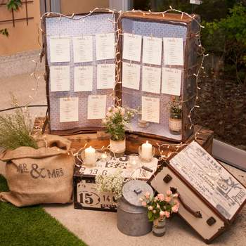 Dépoussiérez vos vieilles malles et créez un superbe décor pour votre mariage !
