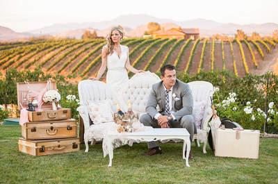 Realza el estilo vintage chic con muebles elegantes en tu boda