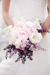 Las peonías: la flor más romántica