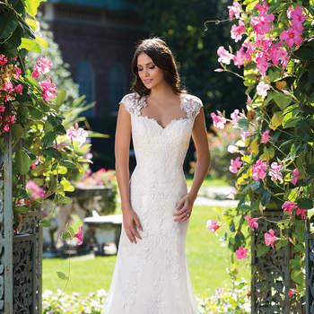 Deixe-se seduzir pelos joviais e elegantes vestidos de noiva Sincerity Bridal