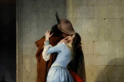 3 secoli di baci in 30 fotografie: un lungo viaggio nelle emozioni