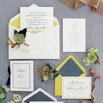 Entdecken Sie die schönsten Hochzeitseinladungen für alle Jahreszeiten! Zeitlose und stilvolle Papeterie