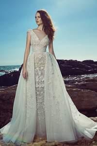 Vestidos de novia con escote en V 2017