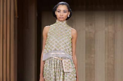 De 55 meest prachtige ontwerpen in de Paris Fashion Week Lente-Zomer 2016