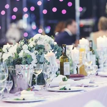 Dekoracje stołów 2017! 25 ozdób na stoły weselne.