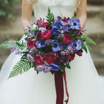 Anemonen im Brautstrauss 2017 – Robuste & romantische Blumen als Accessoire am Hochzeitstag