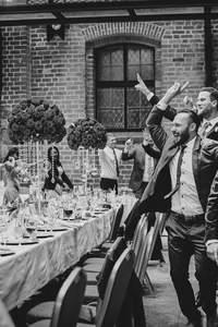 Jak być idealnym gościem weselnym?