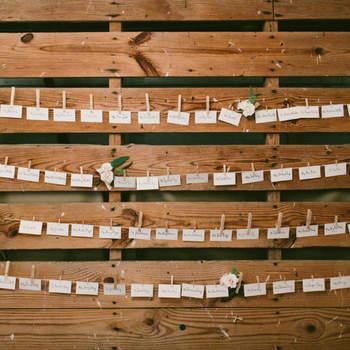 20 preciosos indicadores de mesa para los invitados de tu boda: Detalles únicos y personalizados