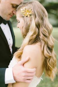 Coiffures de mariée cheveux détachés 2017