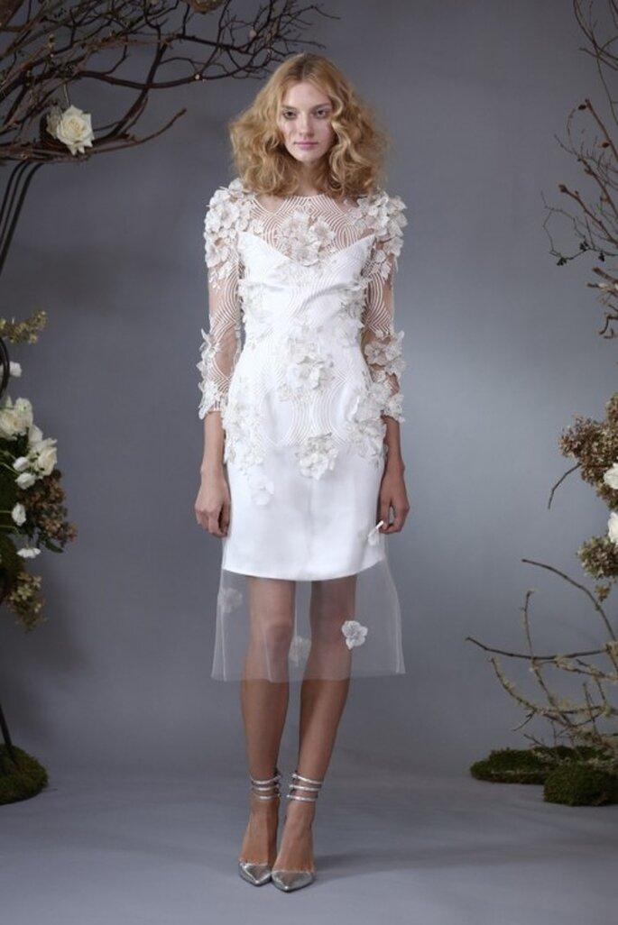 Vestido de novia 2014 con mangas largas y detalles de flores - Foto Elizabeth Fillmore