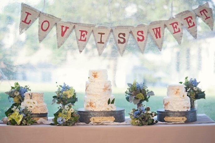 Los mejores pasteles de boda con estilo rústico - Foto Carla Ten Eyck Photography