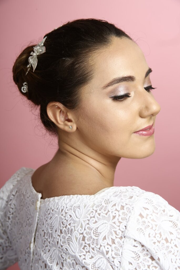 Yasna Castillo Make Up