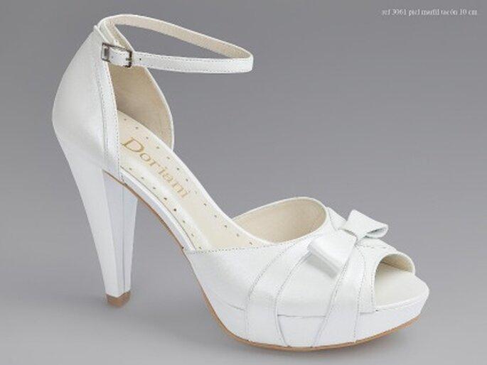 Zapatos de novia Doriani 2011 - Piel Marfil - Tacón 8,5 cm.