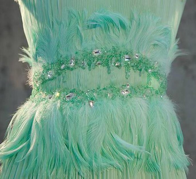 Vestidos con plumas.Foto del sitio de Rodarte.