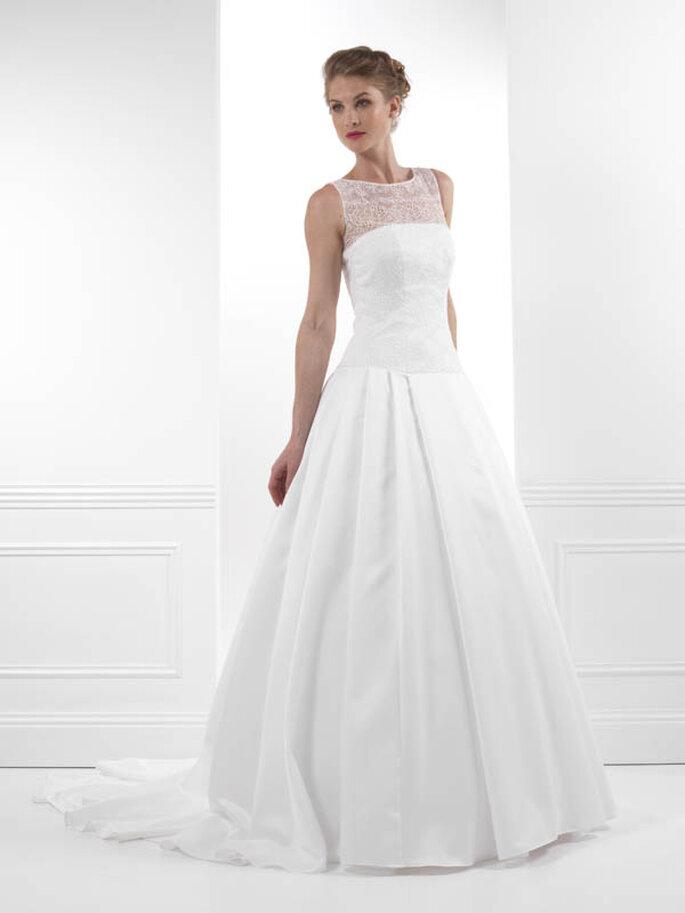 Une robe de mariée féminine, moderne et couture - Créations Bochet, modèle Impatience