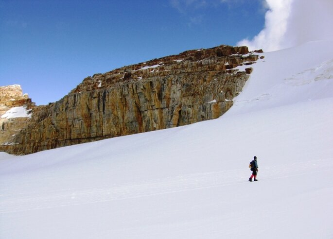 Podrás practicar deportes multiaventura, senderismo, escalada y montañismo con tu pareja. Foto: www.colombia.travel