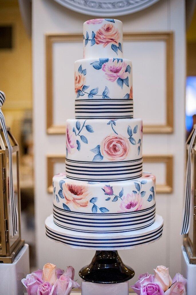 Pasteles de boda pintados a mano - Bobbette and Belle