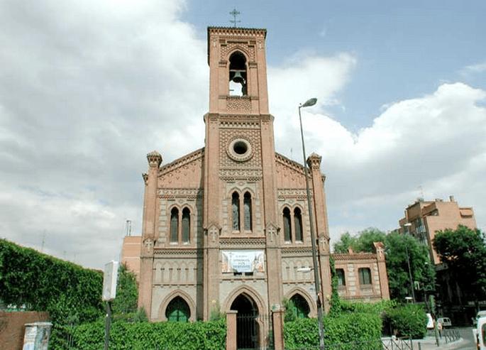 Iglesia San Fermín de Los Navarros - Skyscrapercity