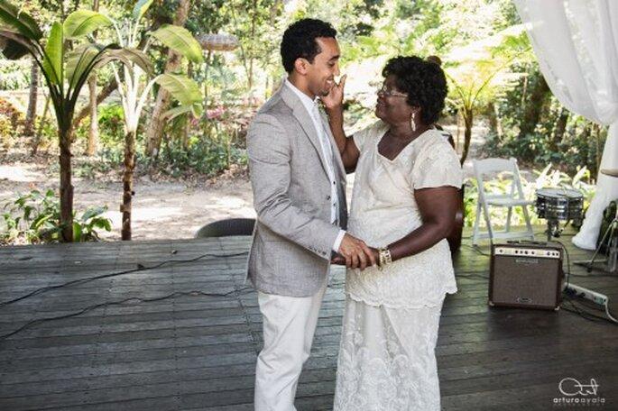 Elige escenarios naturales o monumentos históricos para tu sesión de fotos de boda - Foto Arturo Ayala