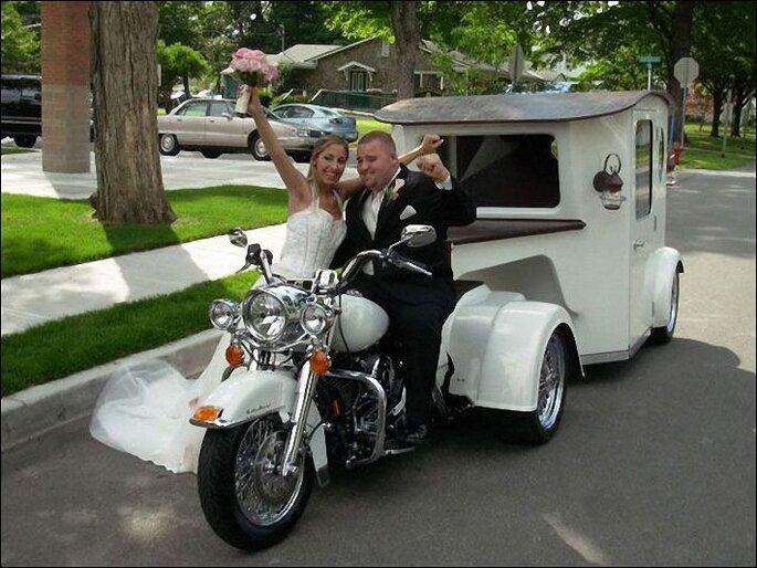 La opción de llegar en moto puede resultar interesante en un día primaveral