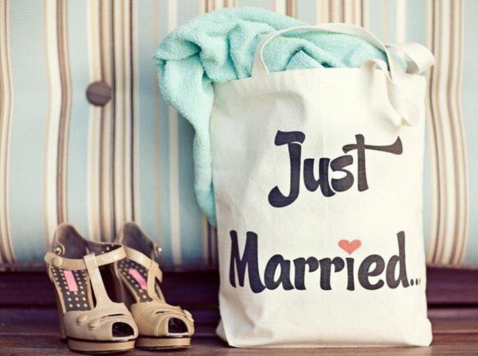 Wedding bag per gli invitati. Foto via Giverslog