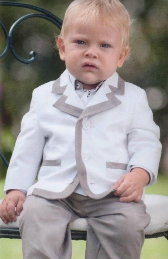 Completo giacca e pantalone color tortora e bianco. Petit di Sora Collezione Piccolissimi