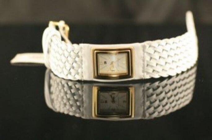 Reloj blanco para tu boda