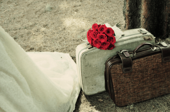Detalles como maletas avejentadas para un toque vintage - Foto Casa Fragma