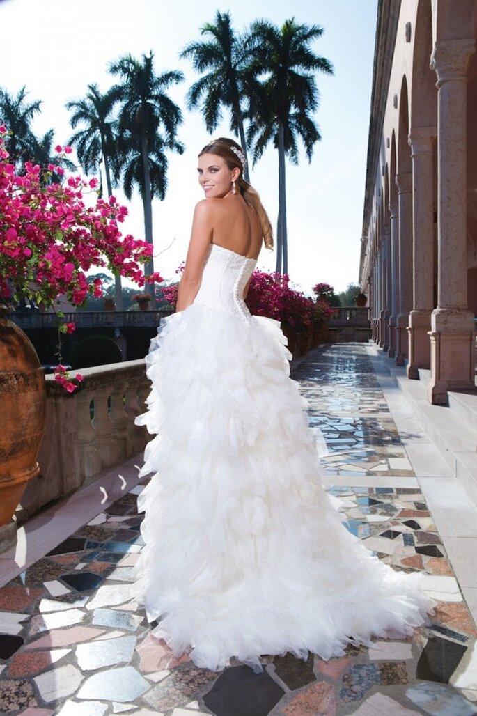 Brautkleid mit viel Tüll in der Kollektion 2015 von Sweetheart