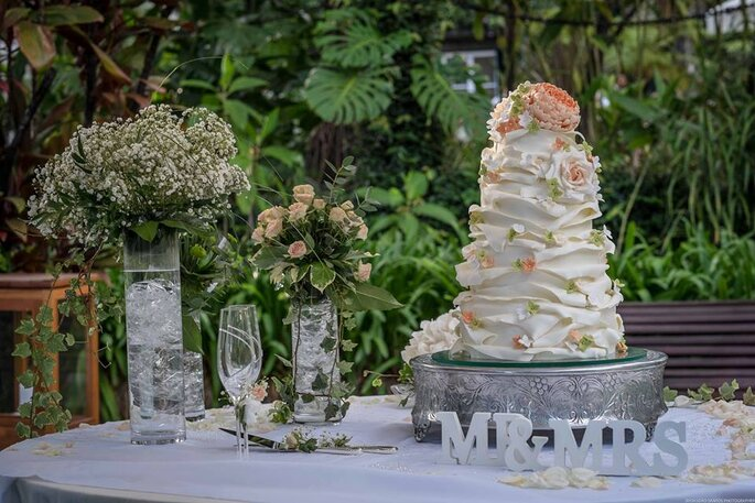 4 Cakes