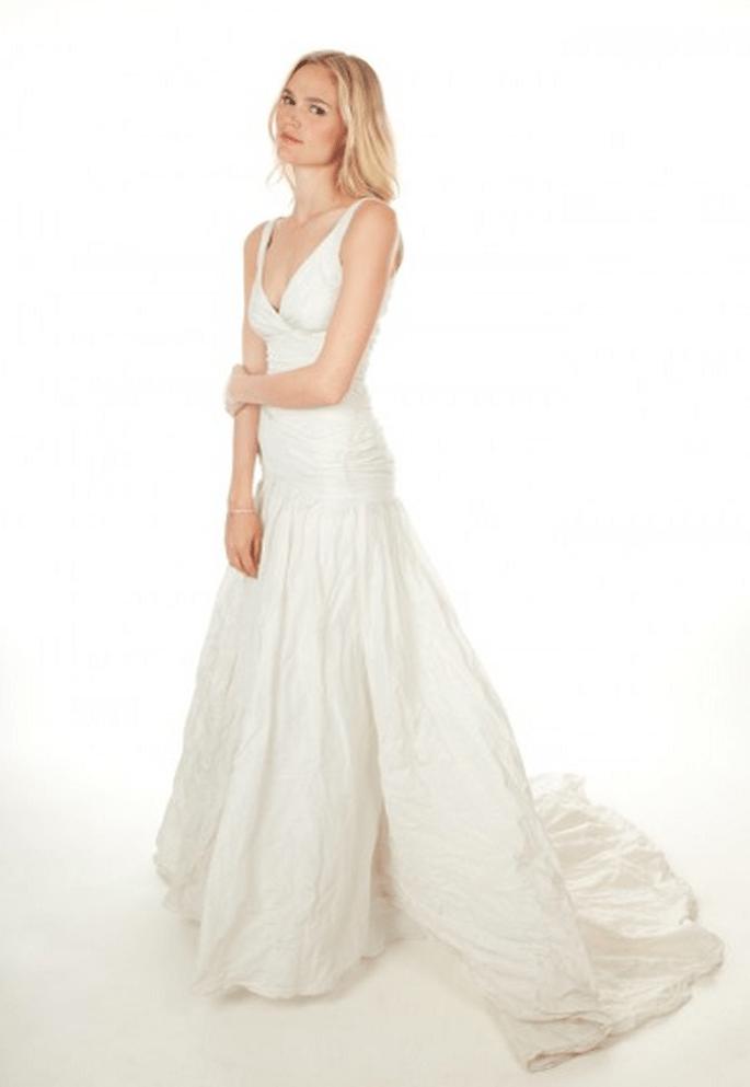 Vestido de novia 2013 largo y con cola - Foto Nicole Miller