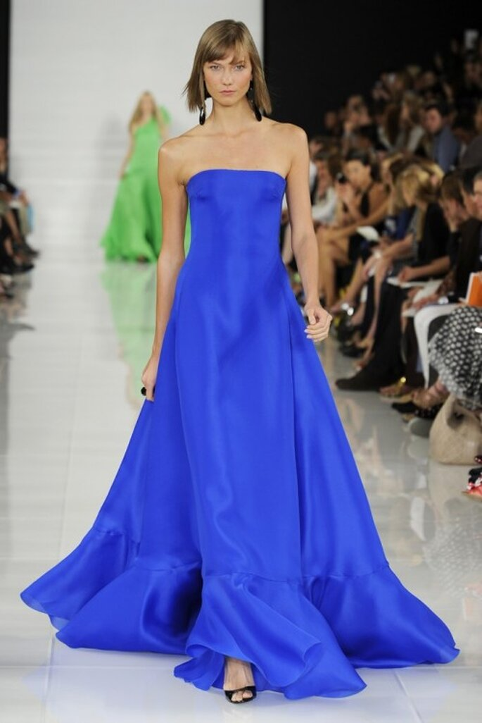 Vestido de fiesta similar al usado por Allison Williams en los premios Emmy - Foto Ralph Lauren