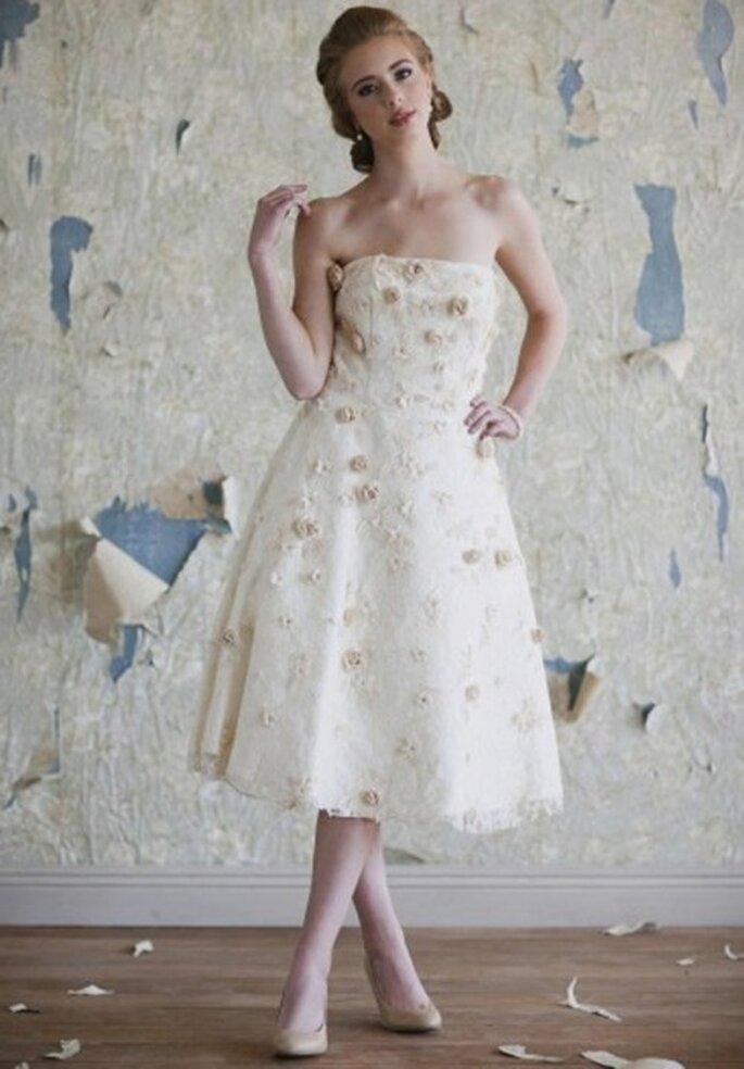 Vestido de novia vintage decorado con flores - Foto: Ruche