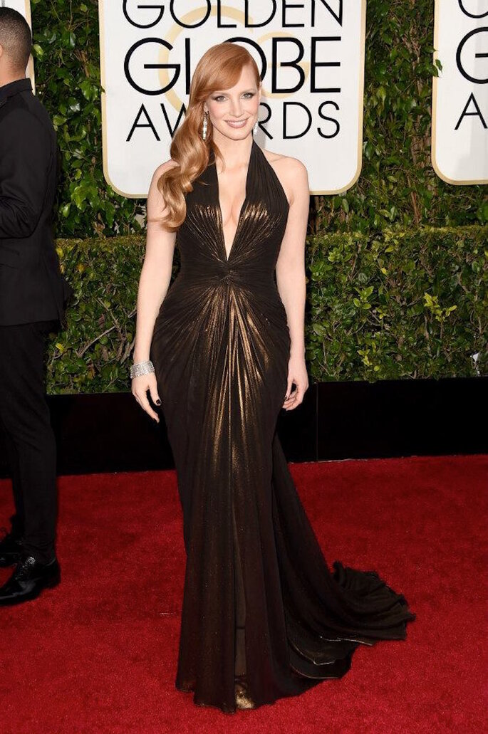 Las mejor vestidas de los Golden Globe Awards 2015 - Versace (Jessica Chastain)