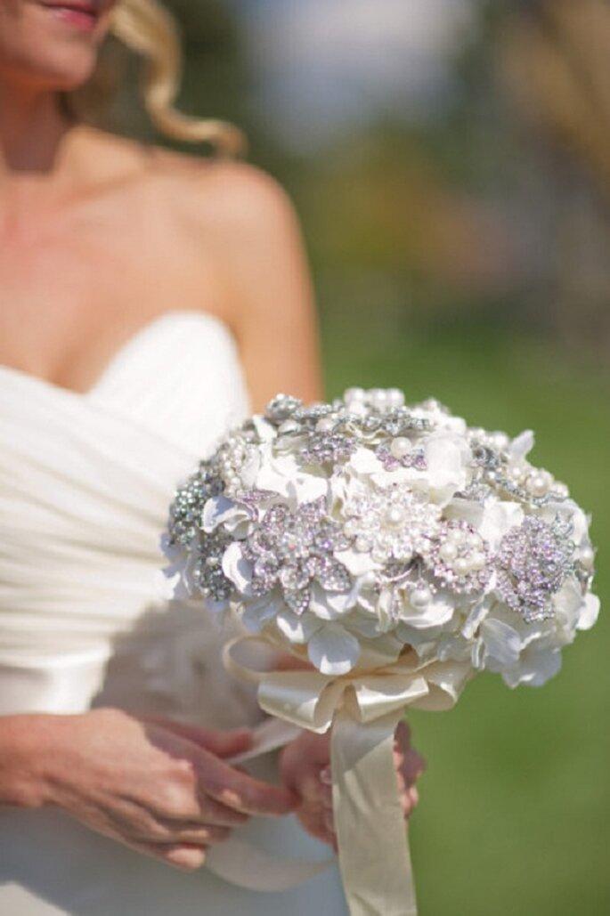 Un bouquet di perle. Foto: Kelly Sweet Photography via stylemepretty.com