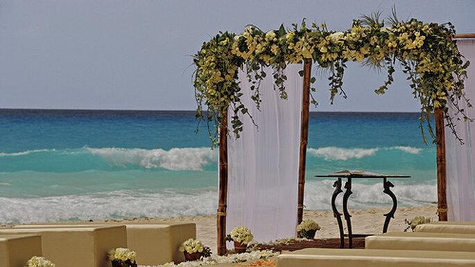 Déléguez l'organisation de votre mariage à un wedding planner - Photo : Cancun wedding planner