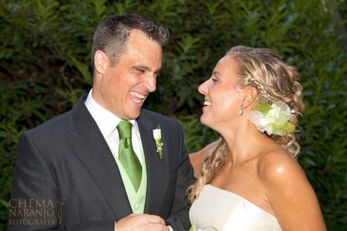 """Wenn die """"ganze Welt"""" von Ihrer Hochzeit erfahren soll, schalten Sie eine Hochzeitsanzeige – Foto: www.chemanaranjo.com"""
