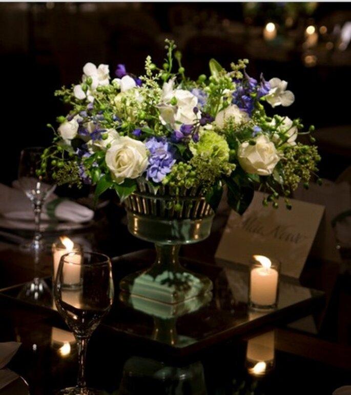Centro de mesa con espejo. Imagen Boutique de Tres