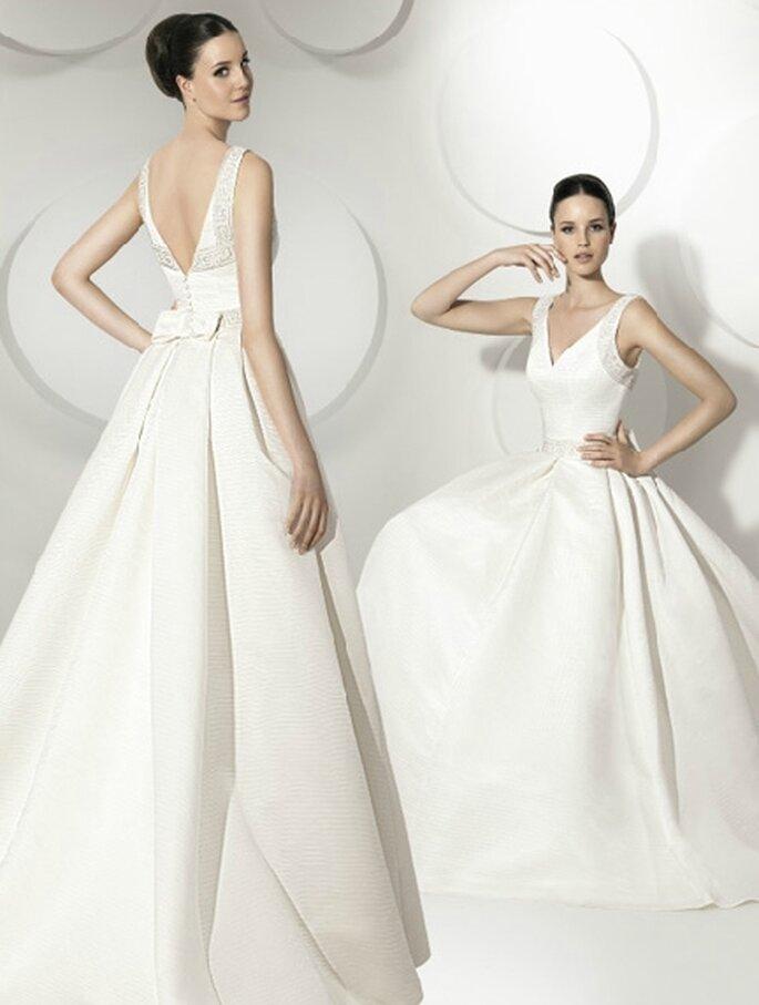 Vestido de novia con espalda descubierta de Franc Sarabia 2012