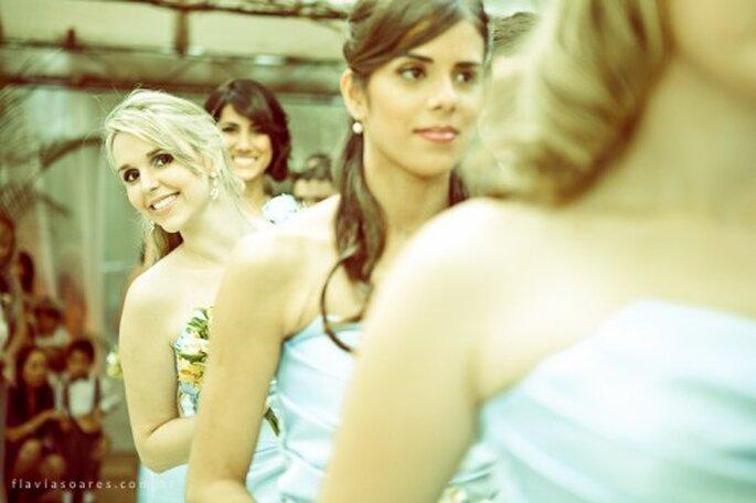 Muchas novias escogen un vestido idéntico para todas sus damas de honor. Foto: Flávia Soares