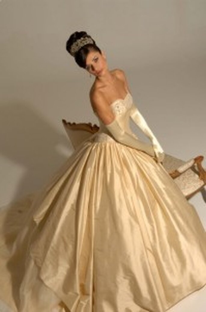 Rochelle by Hollywood Dreams, off the shoulder gown in gold